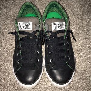 Converse no tie boys 6 shoes black gray slip on